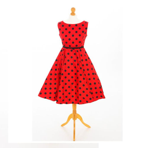Picture of Mannequin with 1950s dress