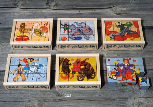 Picture of 12 Piece Wooden Cube Puzzle - Circus