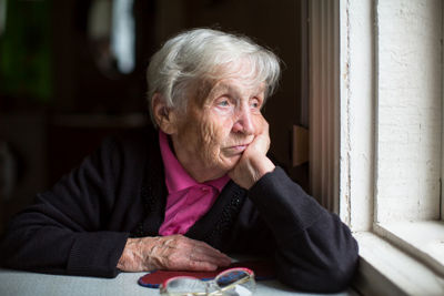 COVID-19: Older and Isolated? Tips To Keep Your Loved Ones Occupied and Healthy During Lockdown