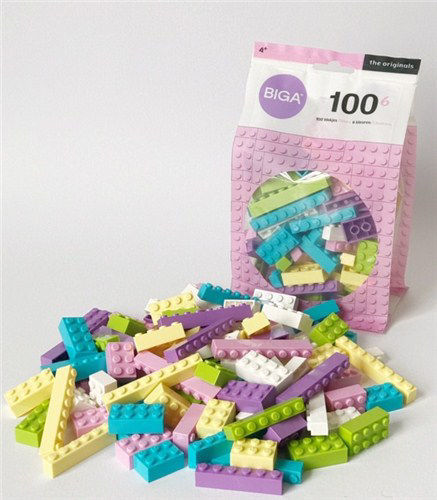 Building Bricks - Pastel Shades (Pack of 100), various assorted shapes and sizes, plastic pastel coloured bricks, size: various. Boxed.