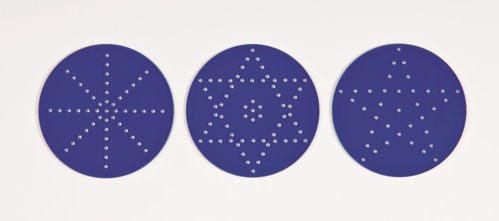 Sand Pattern Sieve Set, 3 assorted acrylic sieves, 1 x 5 pointed star, 1 x 6 pointed star and 1 x spoke design, blue base with clear sides, size: (h) 5cm x (dia) 8cm.